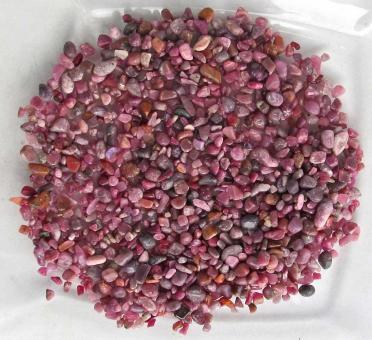 Rubin, Kleine Trommelsteine aus Indien, 80 Ct., 3-10 mm