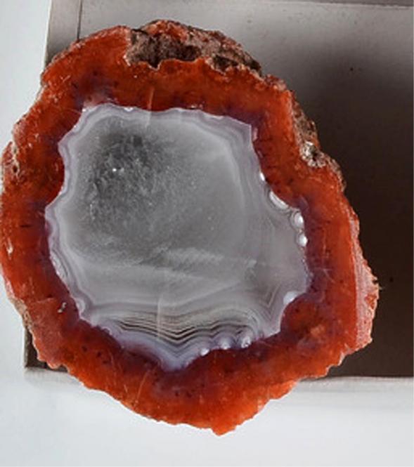 Achat aus Marokko mit Anschliff, 130 g.