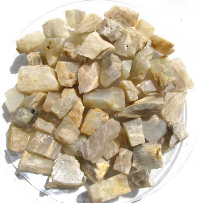 Mondstein hell, kleine Rohsteine, ca. 2-4 cm