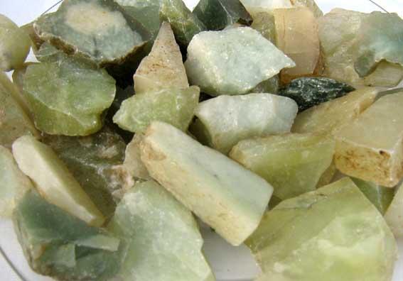 steindepot onlineshop roh jade aus china geschnitten mineralien und edelsteine online kaufen. Black Bedroom Furniture Sets. Home Design Ideas